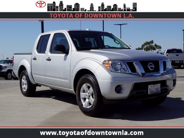 Pre Owned 2013 Nissan Frontier SV