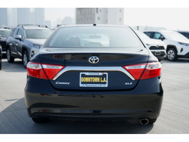 Pre-Owned 2017 Toyota Camry XLE FWD 4dr Car